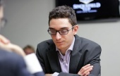 Caruana hot, Topalov not