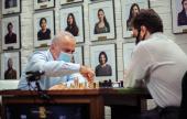 Chess 9LX 2: Kasparov is back! Dominguez leads