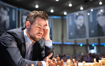 GRENKE Chess R2: Carlsen gewinnt seltenes Endspiel