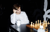 Moscow GP, R1.2: Dubov stars as big names tumble