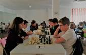 The gender gap in top-level chess