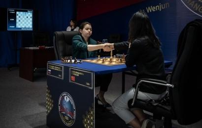 Goryachkina geht in Führung bei noch 4 verbleibenden Partien