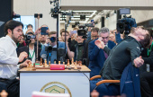 Magnus wins World Blitz to complete triple crown