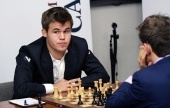 Carlsen and Caruana let wins slip in St. Louis