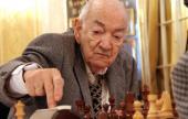 Viktor Korchnoi por Rubén Felgaer