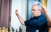 Chess 9LX, Day 2: Kasparov gets to have some fun