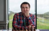 Suizo de la FIDE: Carlsen gana de milagro