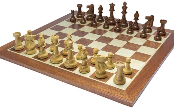 Xadrez, dados e tablas.