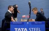 Tata Steel 2015 R3: Carlsen and Aronian KOed
